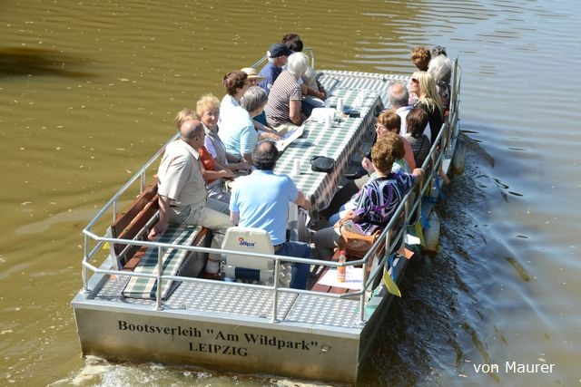 Motorbootfahrten Motorboottour Bootsverleih am Wildpark Bild 4