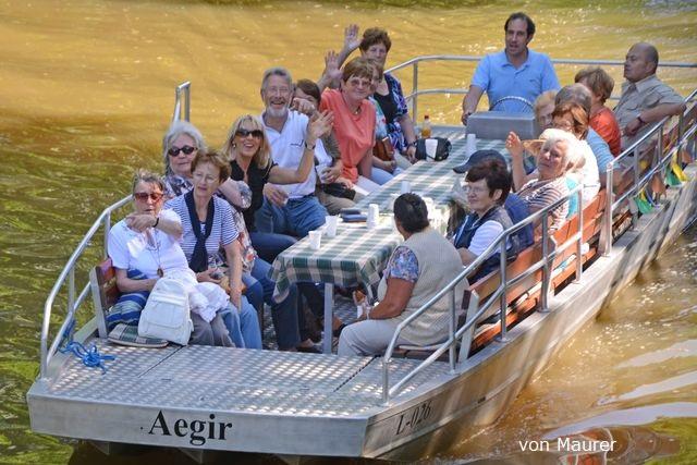 Motorbootfahrten Motorboottour Bootsverleih am Wildpark Bild 2